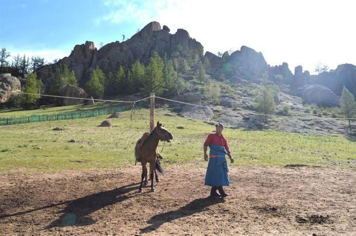 Mongolia-Horses-man